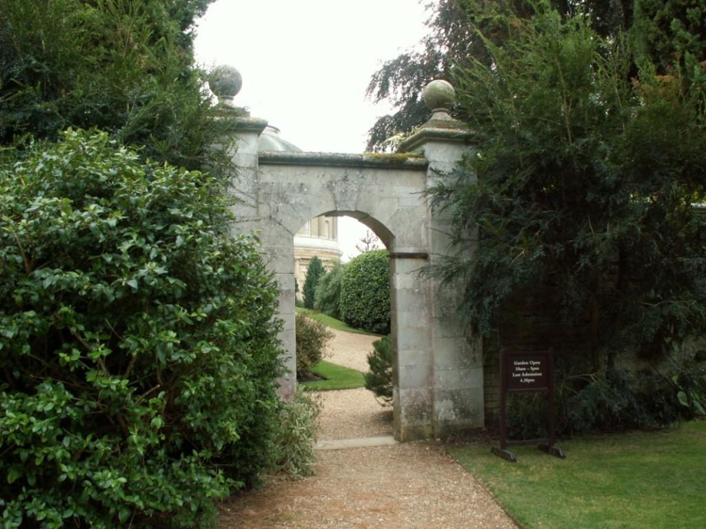 Jardines ingleses viaje a visitar jardines ingleses for Jardines medianos