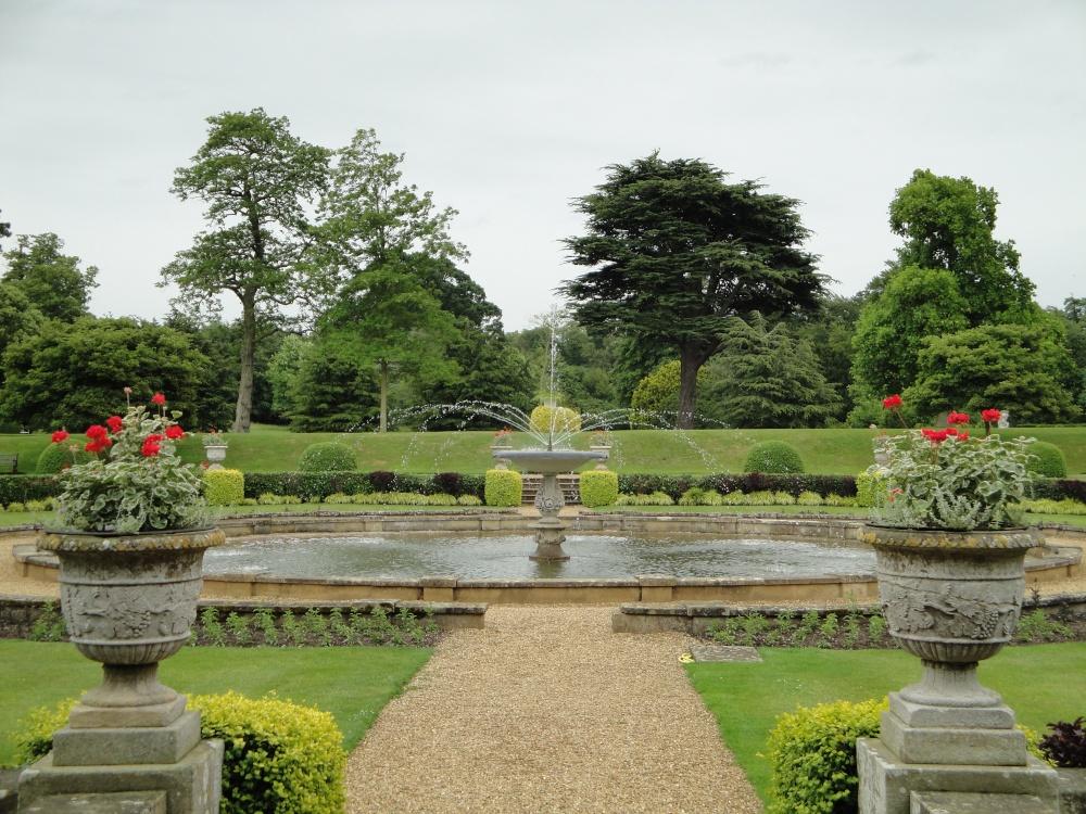 Jardin formal viaje a visitar jardines ingleses for Jardin en ingles