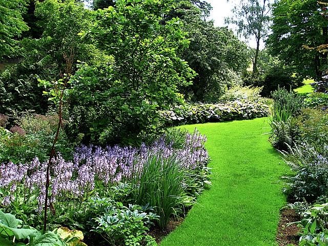 Jardines ingleses viaje a visitar jardines ingleses for Imagenes de jardines con estanques