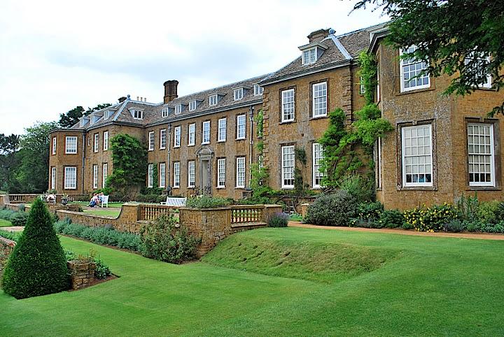 Upton house viaje a visitar jardines ingleses for Casa con jardin al frente