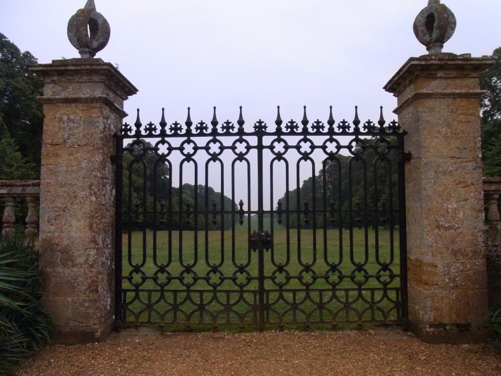 Viaje a visitar jardines ingleses viaje con fotos de for Sims 2 mansiones y jardines